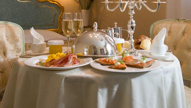 Champagne breakfast service